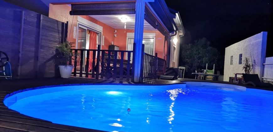 Villa F5 avec grande piscine