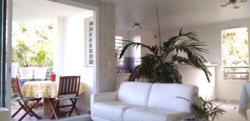 Bel appartement lumineux de standing, au calme dans la verdure